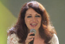 Photo of ΘΛΙΨΗ María Mendiola: Πέθανε η τραγουδίστρια του ύμνου της ντίσκο «Yes Sir, I Can Boogie»